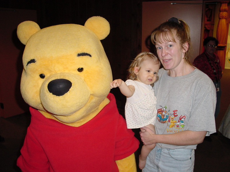 MK - Madison, Cathy & Pooh 2 11-30-01