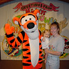 MK - Madison, Cathy & Tigger 2 11-30-01