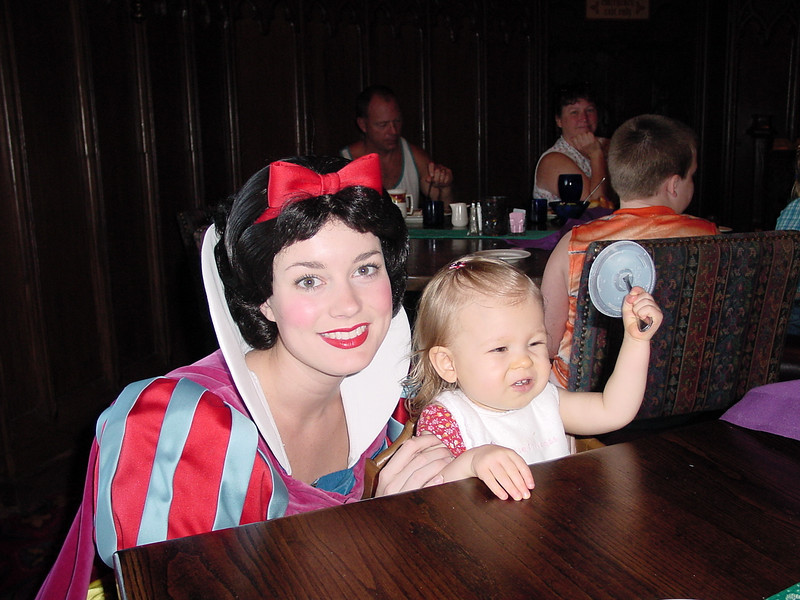 MK Cindy's - Madison, Cathy & Snow White 2 12-2-01