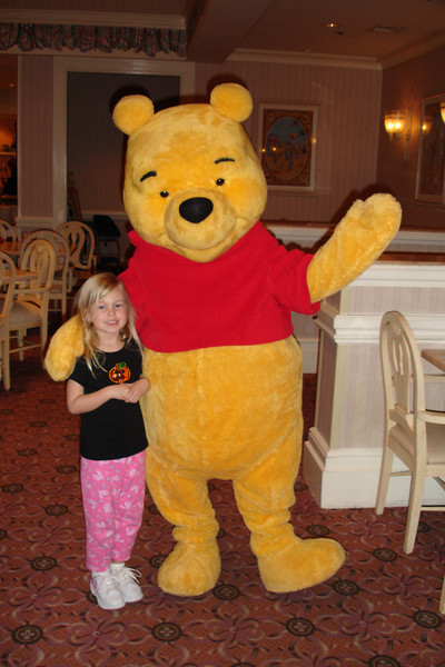 PF - Madison and Pooh 12-15-05
