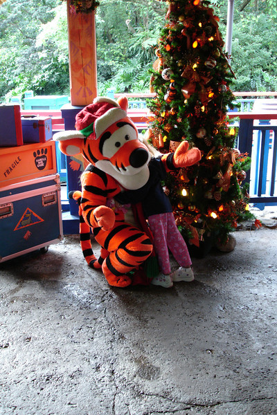 AK - Madison hugging Tigger 12-10-05