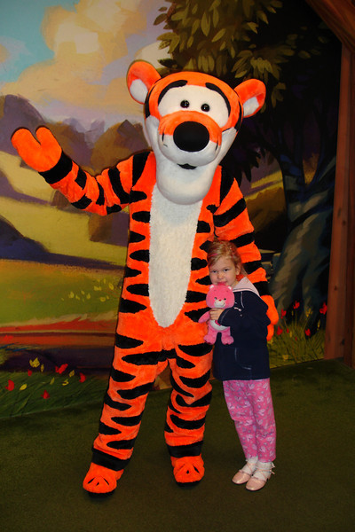 MK - Tigger and Madison 12-11-05