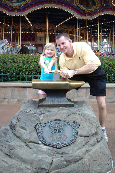 MK - Madison and Daddy trying to remove Sword in the Stone 12-9-05