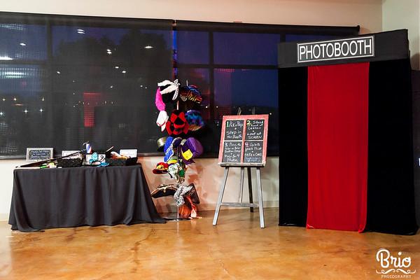 photo booth austin set up