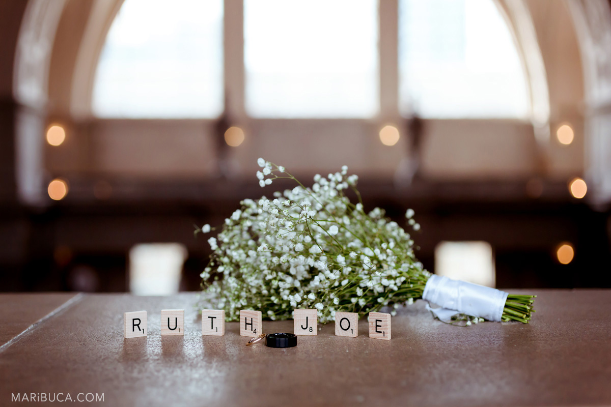 wedding wood letters, wedding bouquet in-san francisco city hall