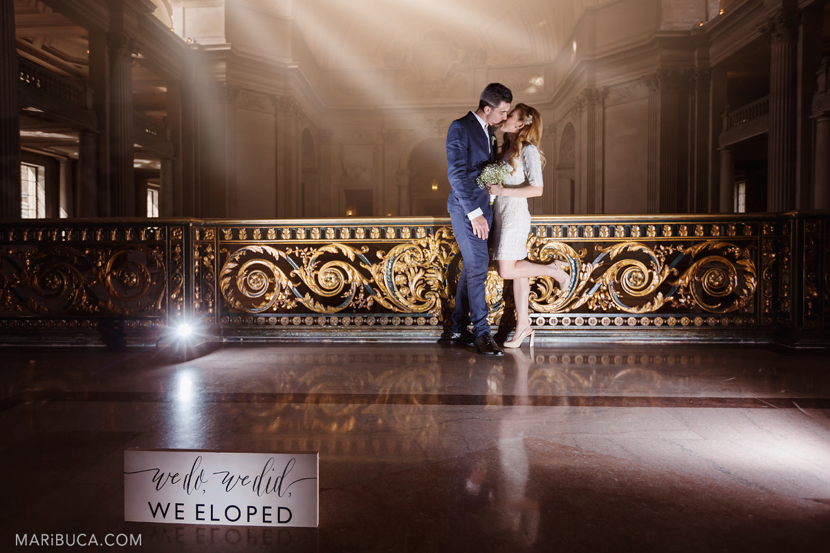 279-we-do-we-did-we-eloped-wedding-sign-with-newlyweds-couple-in-san-francisco-city-hall