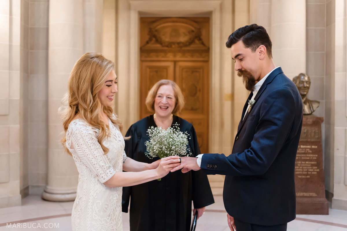235-san-francisco-city-hall-wedding-ceremony