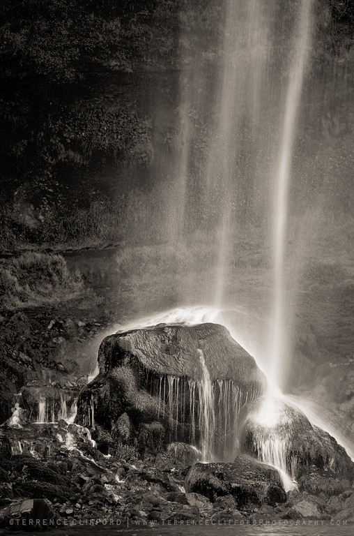A unique waterfall in the river Seljalandsá
