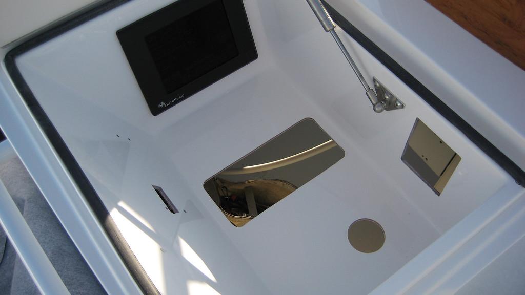 port radio box