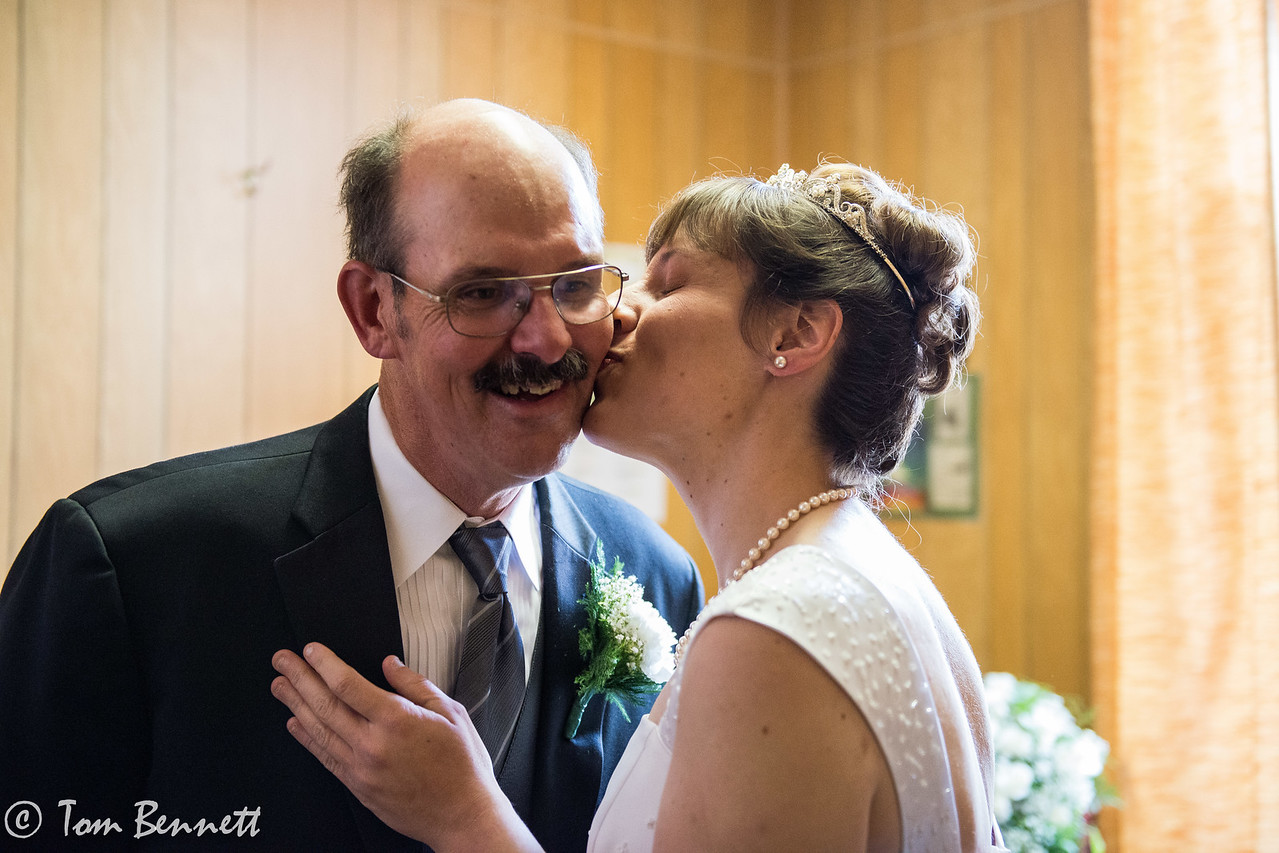 ERIN AND LORNE-4053