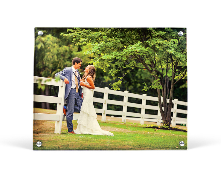 h_metal_acrylicposts_wedding