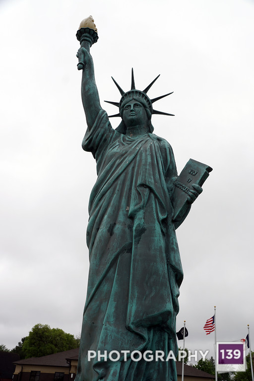 LOSER - AMERICANA