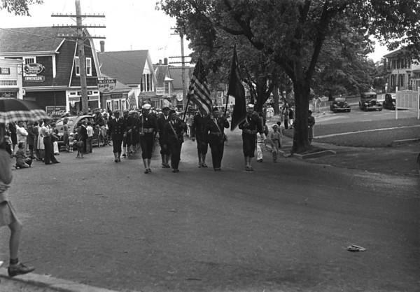 WT3_1943 - July 4 Parade_1