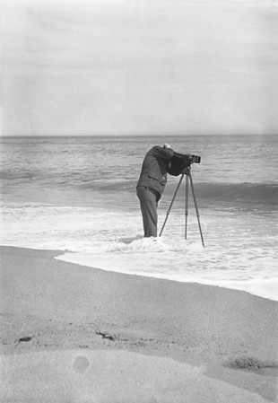 WT3_1941 - The Perils of Photography