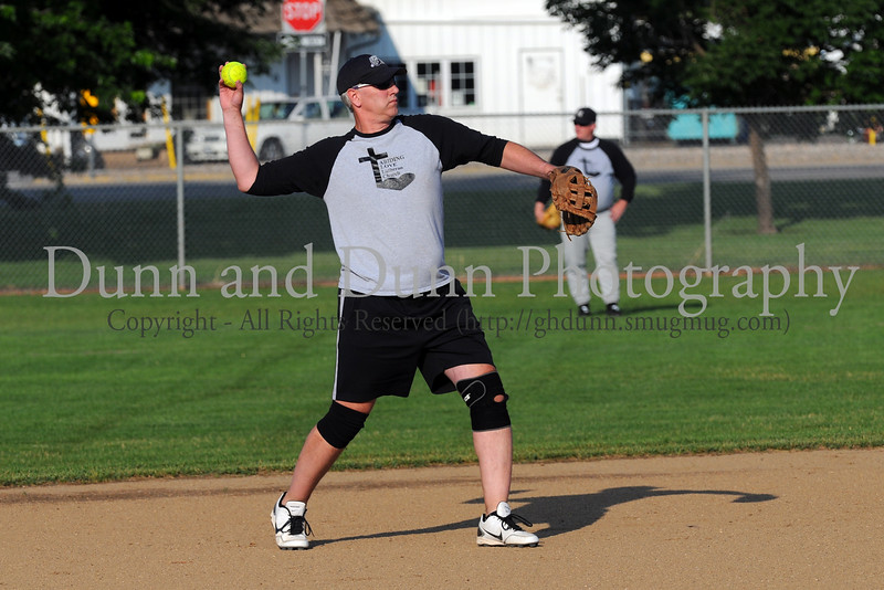 2014 07 17_Church Softball Game_0257_edited-2