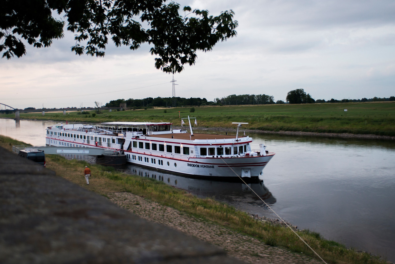 The 112-passenger Fontane, built in 1991 and refurbished in 2010. Eight rooms with French balconies (200 sq. ft.) and 48 other cabins (135 sq. ft.).