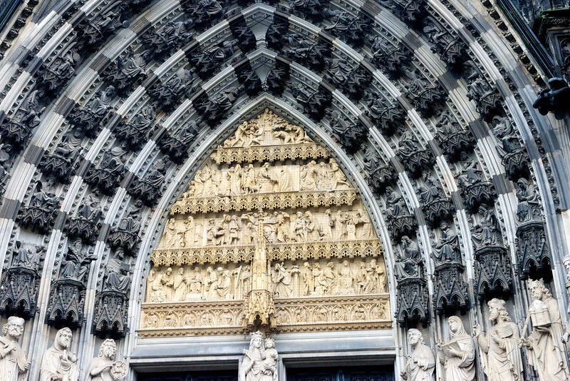 The south portal of The Dom.