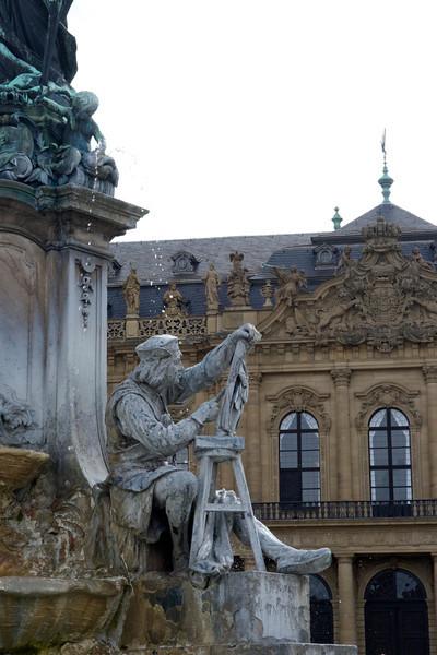 The Franconia Fountain depicts Tilman Riemenschneider.