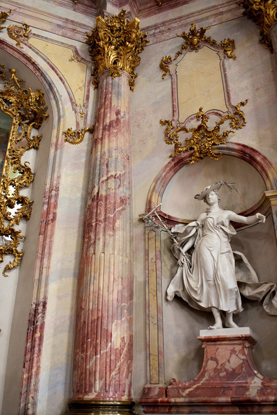Statue in Kaisersaal, the emperor's chamber.