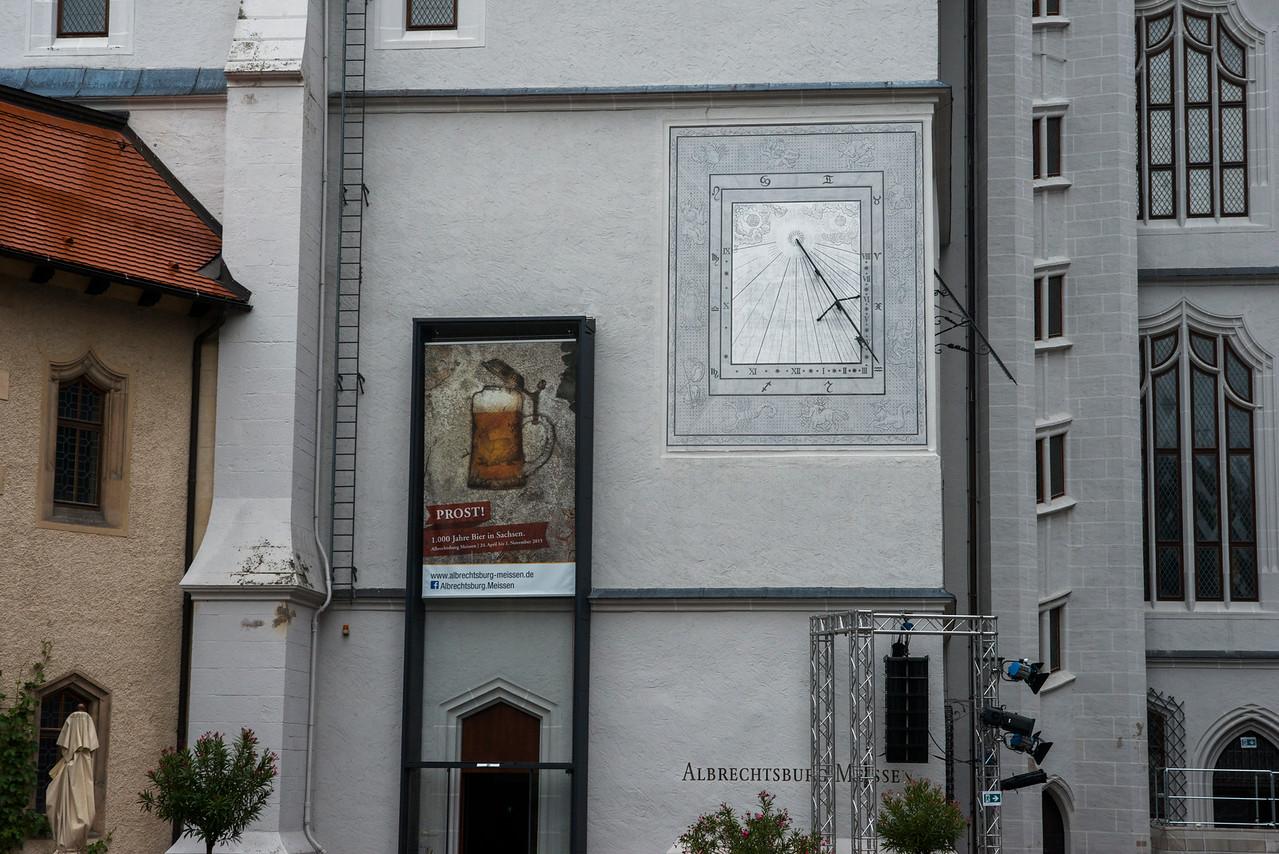 Albrechtsburg sundial mit nein sun!