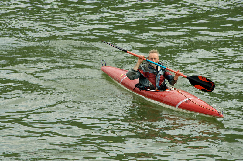 Kayaker resembles Bernard Langer.
