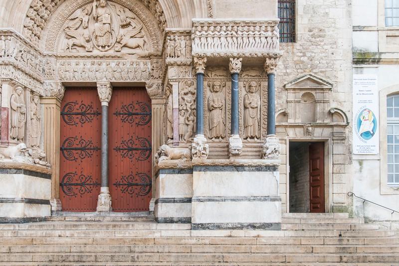 Église Saint-Trophime, Arles.