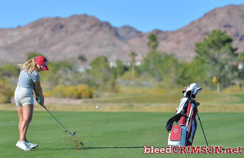 LAS VEGAS, NV - OCTOBER 22:  Tiegan Taylor of the New Mexico State Aggies hits her approach shot on the fifteenth during the 2017 Las Vegas Collegiate Showdown at the Boulder Creek Golf Course in Boulder City, Nevada.  (Photo by Sam Wasson)