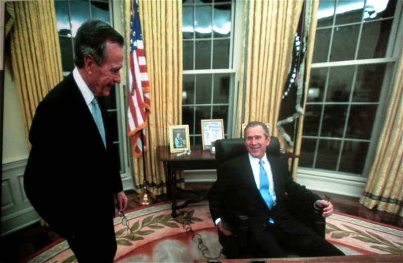 Oval Office: White House Tour