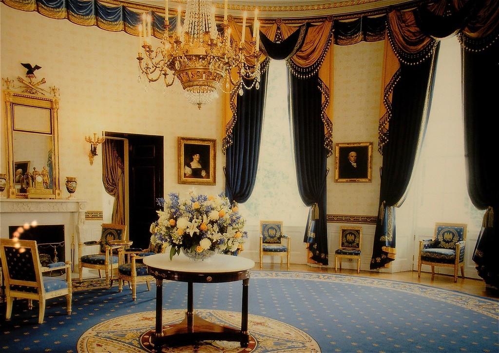 Blue Room: White House Tour