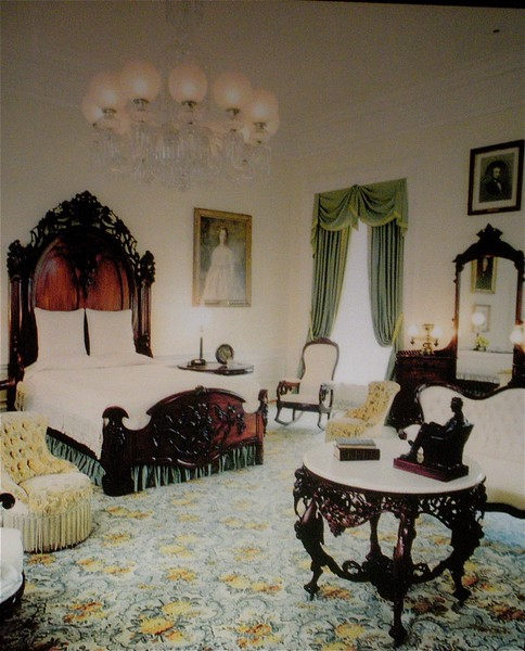 The Lincoln Bedroom: White House Tour