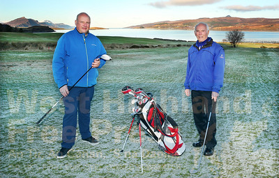 A former club captain at the Isle of Skye Golf Club, George Neill, stood down from the committee at the clubs recent AGM. After many years of service in various roles, George's dedication in keeping the running smoothly was acknowledged by new captain, Ally Young.