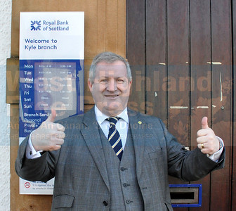 RBS KYLE BRANCH SAVED   Ross, Skye and Lochaber MP, Ian Blackford celebrates the announcement that the Royal Bank branch in Kyle of Lochalsh will not be closed. PICTURE FOR FREE USE