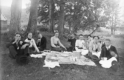 502 Group of Adults picnicking