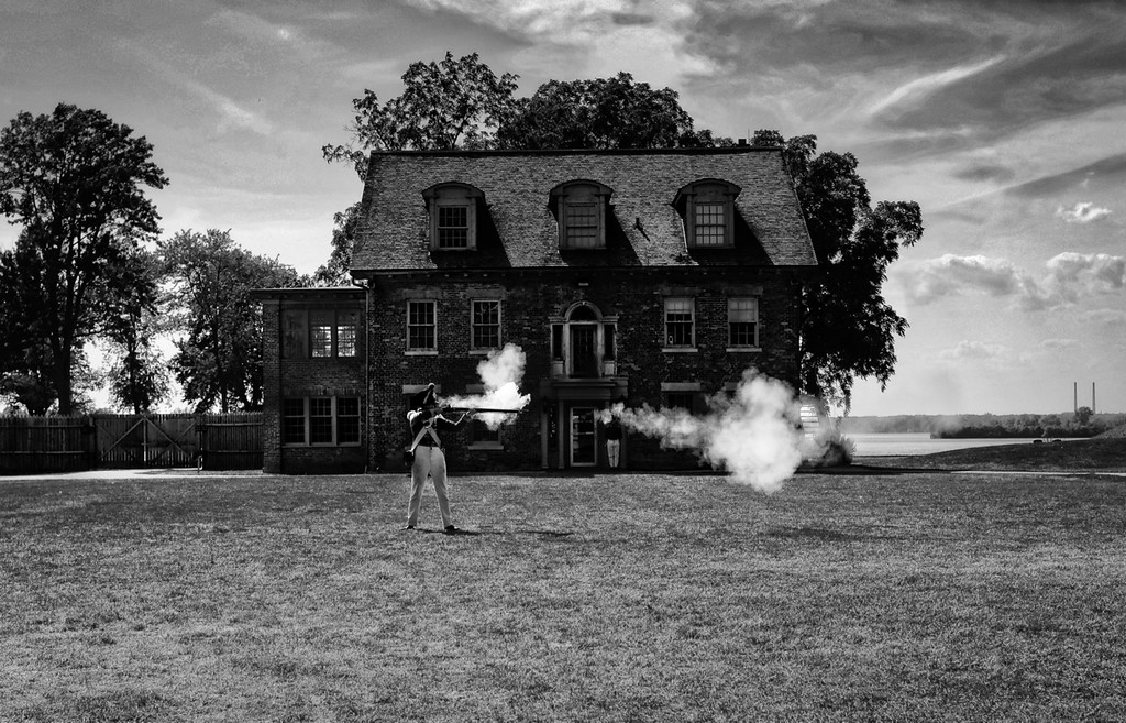 Musket shooting at Fort Malden