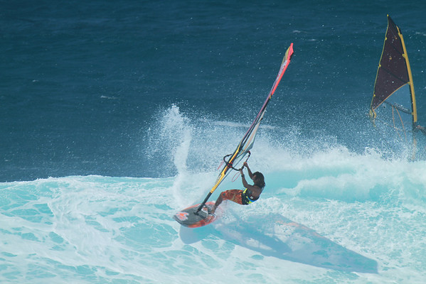 WINDSURFING APRIL 6 2013