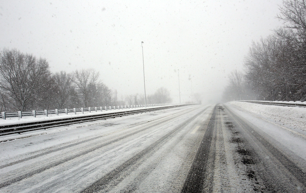 . Empty Lowell Connector during blizzard. (SUN/Julia Malakie)
