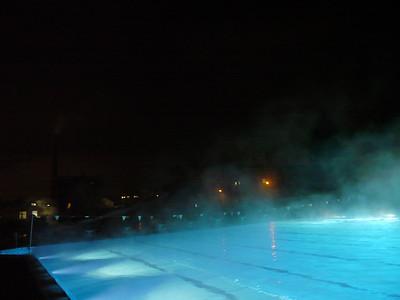 """©RobAng 2012 // Winti """"Wellness-Bad"""" Geiselweid (während Umbau Hallenbad)"""