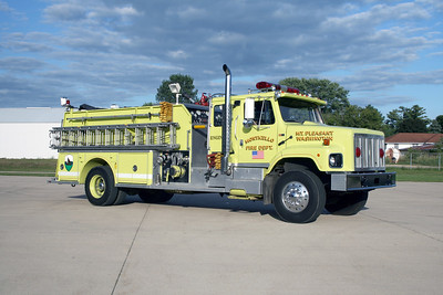 MONTICELLO FD ENGINE 2 OFFICERS SIDE