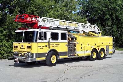 HALES CORNERS  LADDER 608  SEAGRAVE