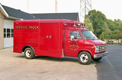 MEQUON  SERVICE TRUCK 955