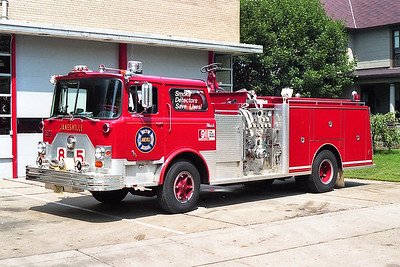 JANESVILLE  ENGINE 85  MACK CF