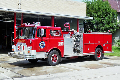 JANESVILLE  ENGINE 81  MACK
