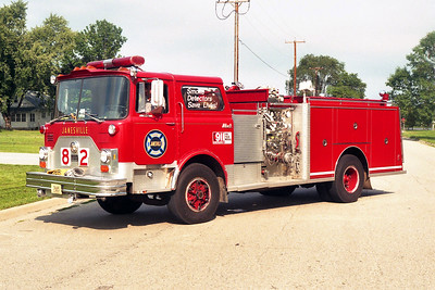 JANESVILLE  ENGINE 82  MACK CF