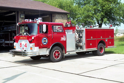 JANESVILLE  ENGINE 84  MACK CF