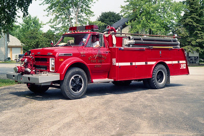 ST LAWRENCE FD  TANKER 2560  1971  CHEVY C60 - MELRAY   500-1000    #1228
