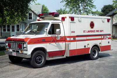ST LAWRENCE FD  AMBULANCE 2550  1979  FORD E350- ROAD RESCUE