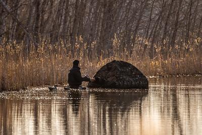 Ryan Marshik floating blind Tobin-Kimmes Gordon Macquarrie Wetlands Douglas County WI IMGC6262