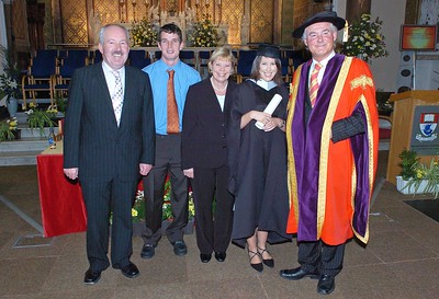 Provision 251006 Jim Norris, Padraigh Cronin, Mary and Sinead Norris from Dungarvan in Co. Waterford who graduated with a BA in Applied Social Studies from WIT on Weds 25th October pictured with Prof. Kieran Byrne (Director WIT). PIC Bernie Keating/Provision