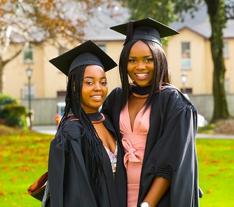 1/11/2017 Waterford Institute of Technology conferring ceremony. Batchelor of Arts i(Honours) in Psycology. From left; Bathale Palesa Moumakwa Castlebar Mayo and Olabisi Adenaiya Dublin.Photo;Mary Browne
