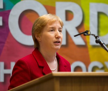 8/3/2018 Waterford Institute of Technology celebrate international women's day. Be brave in the choices you make – secondary school students hear on International Women's Day  Regina Moran Fujitsu Ltd speaker.Photo;Mary Browne